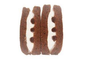 コンビニバレンタインスイーツファミマ生チョコのケーキサンド