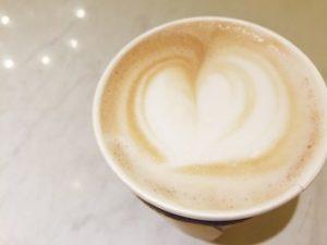 フレーバーウォーターコーヒーカフェラテ